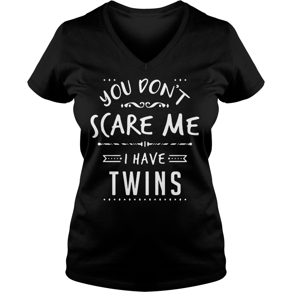 Cant Scare Twins V-neck t-shirt