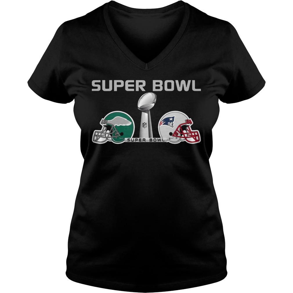 New England Patriots Fighting Philadelphia Eagles Super Bowl Lii 2018 V-neck t-shirt
