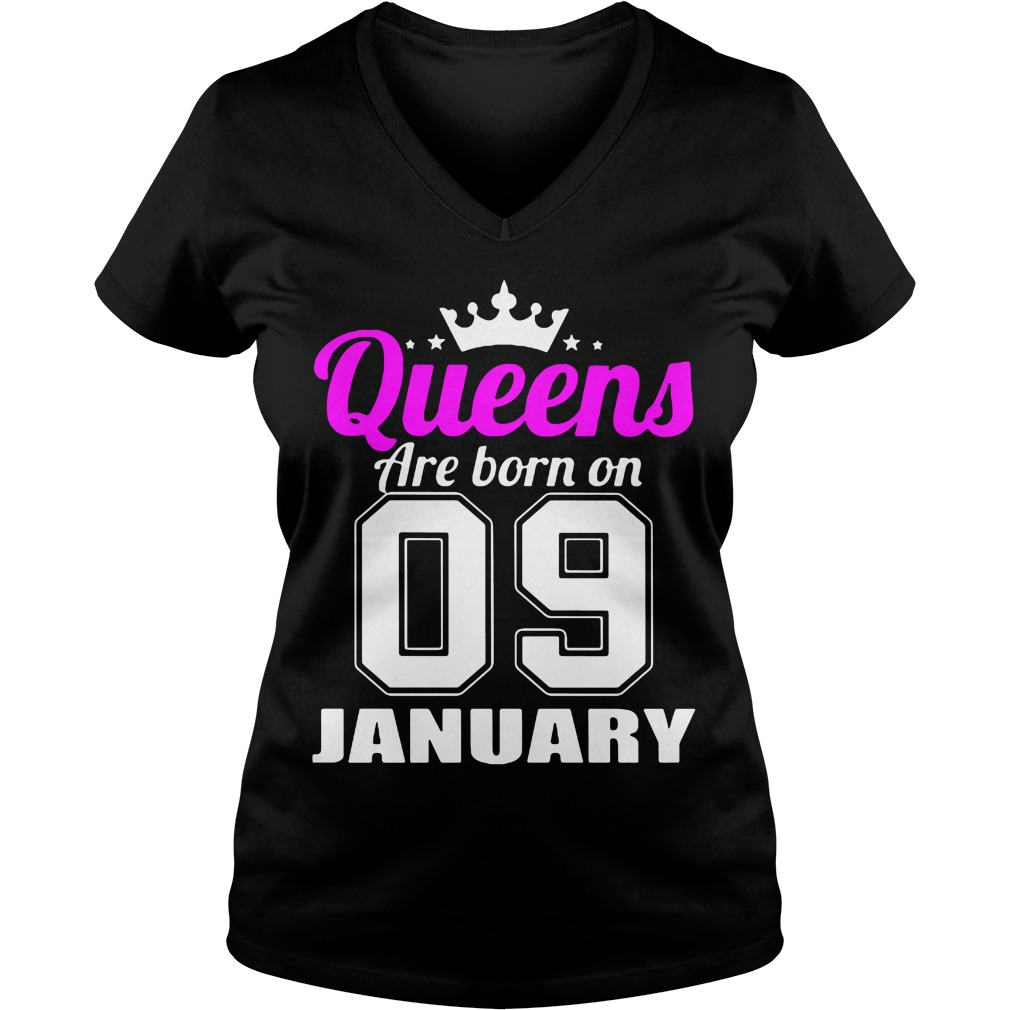 Queens Are Born On 09 January V Neck T Shirt