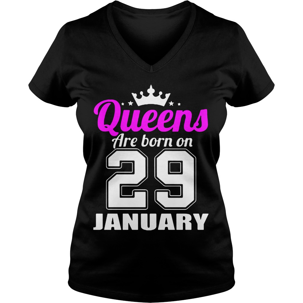 Queens Born 29 January V-neck t-shirt