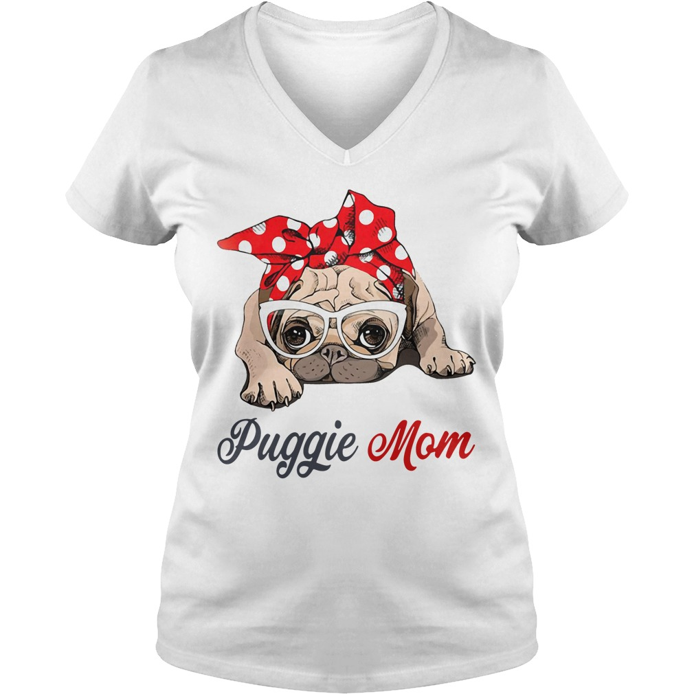 Dog mom: Puggie mom bow head scarf V-neck T-shirt