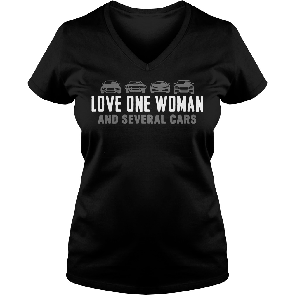 Official Love one woman and several cars V-neck T-shirt