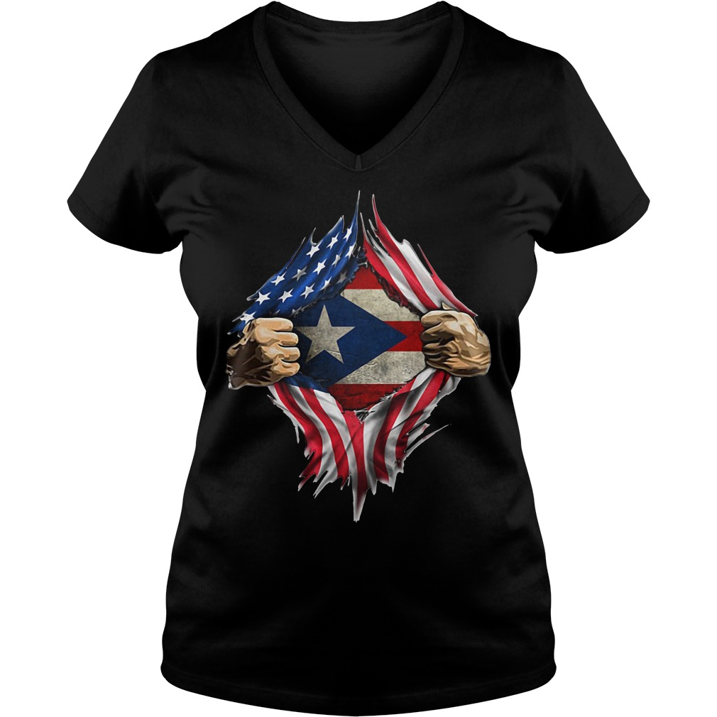 Puerto Ricans blood inside me classic V-neck T-shirt