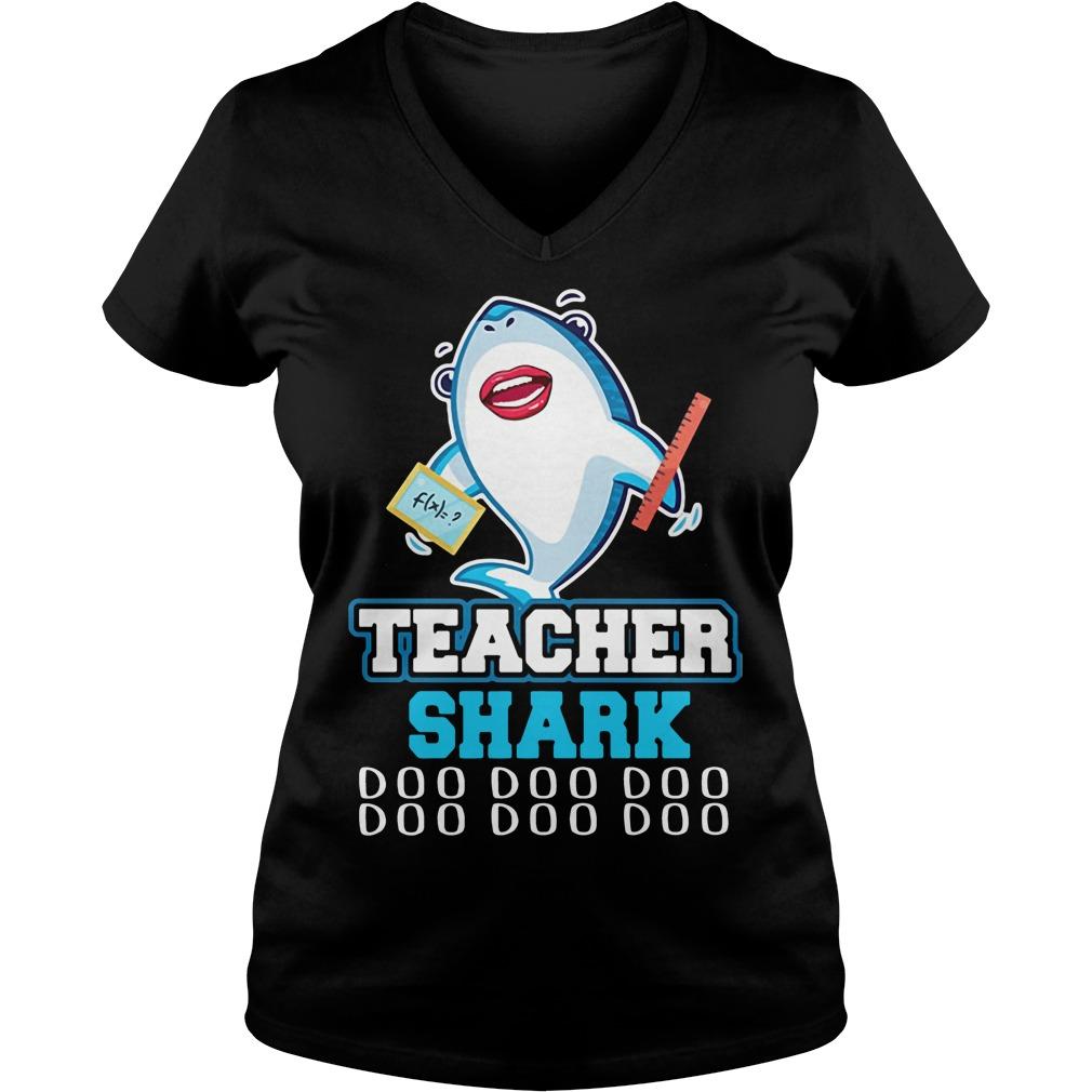 Teacher shark doo doo doo V-neck T-shirt