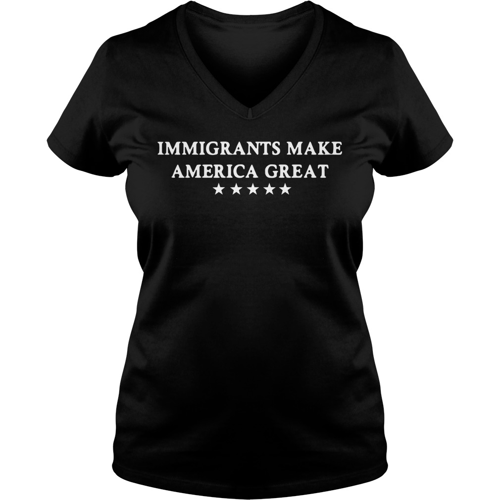 Official Immigrants make America great V-neck T-shirt
