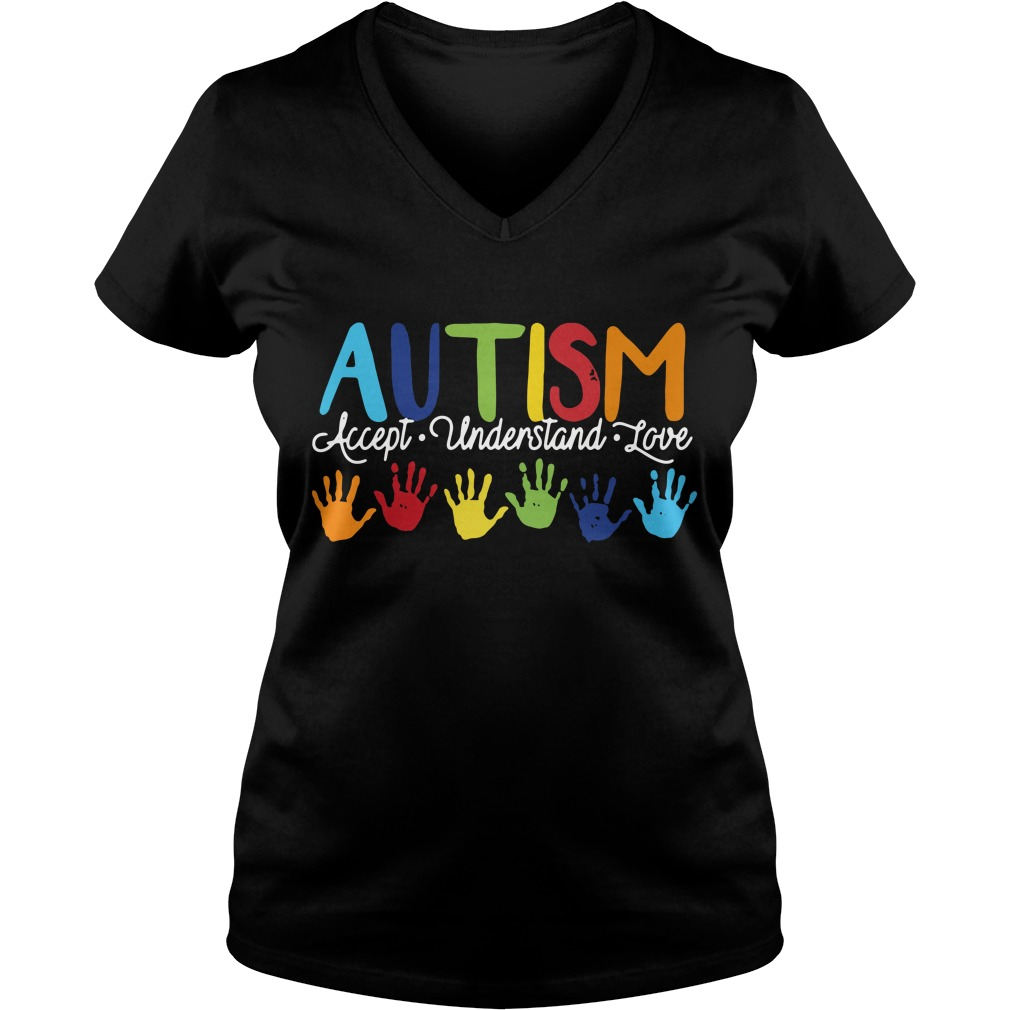 Autism accept understand love V-neck T-shirt