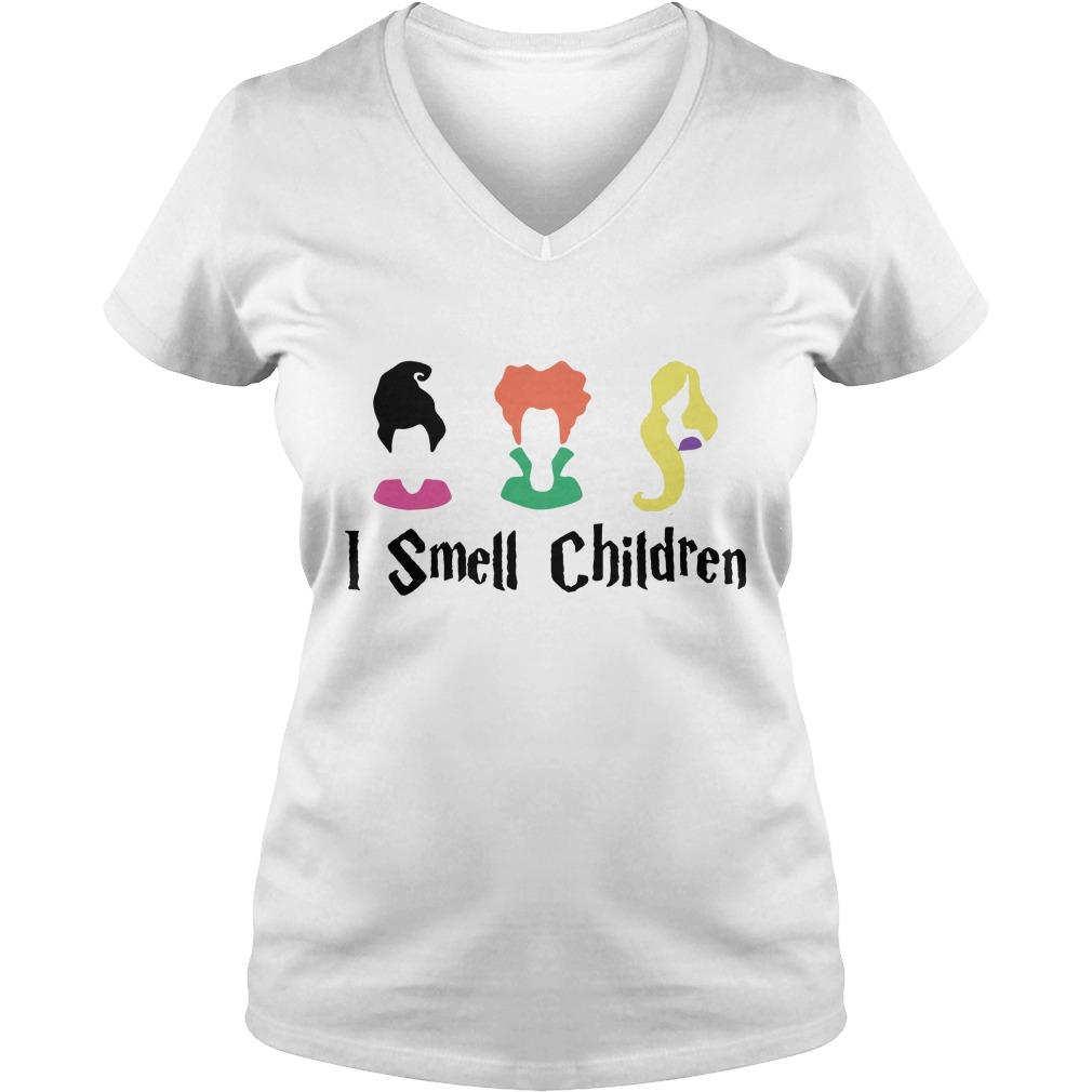 Hocus Pocus I smell children V-neck T-shirt