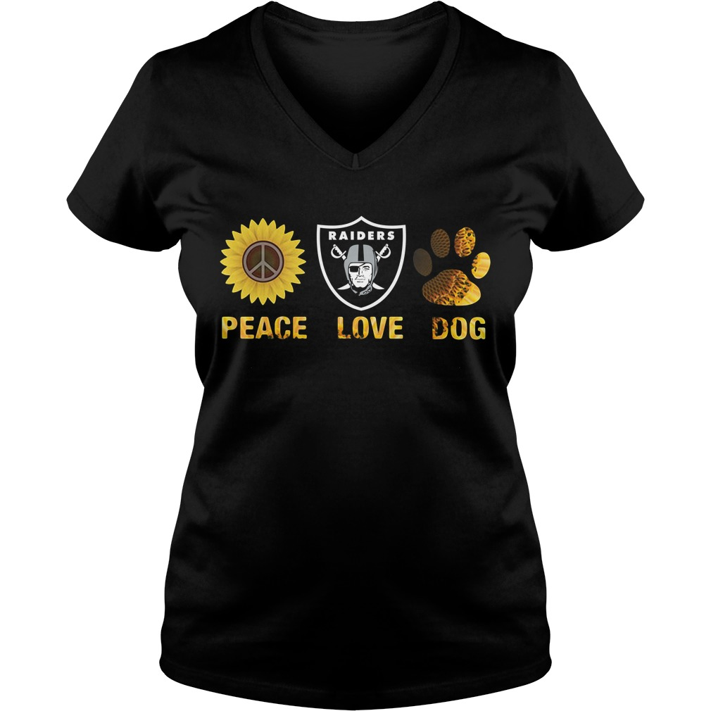 Oakland Raiders peace love dog V-neck T-shirt