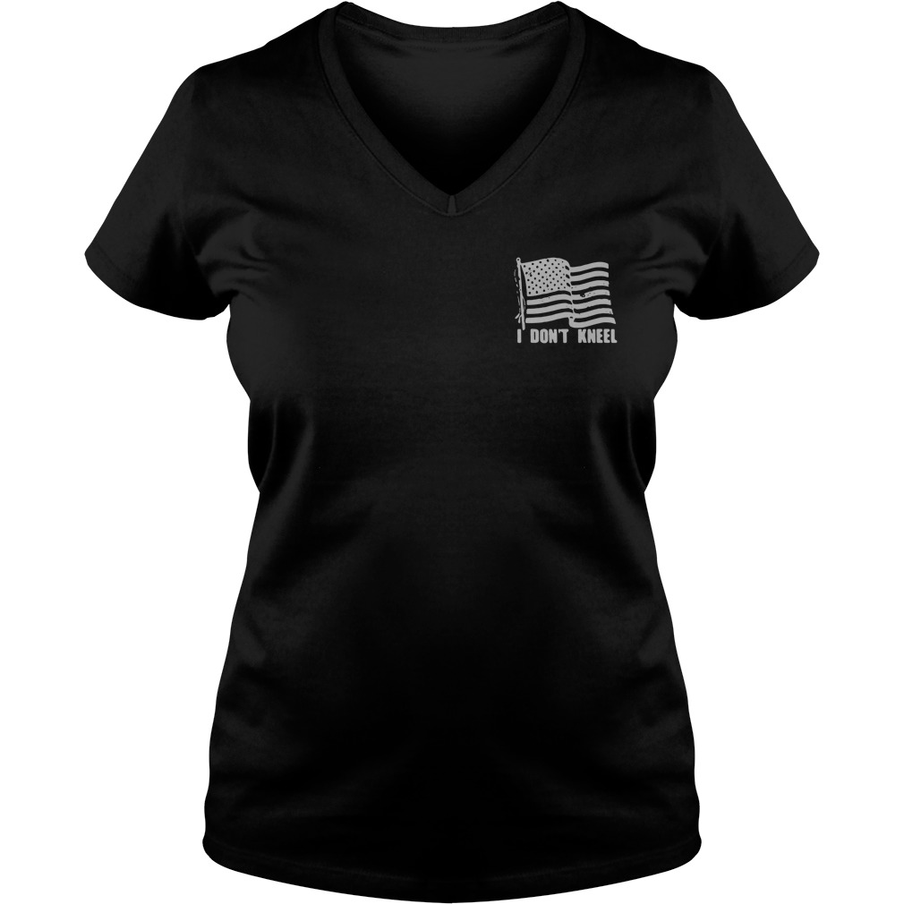 Americans stand for the Flag to honor those who died for it V-neck T-shirt
