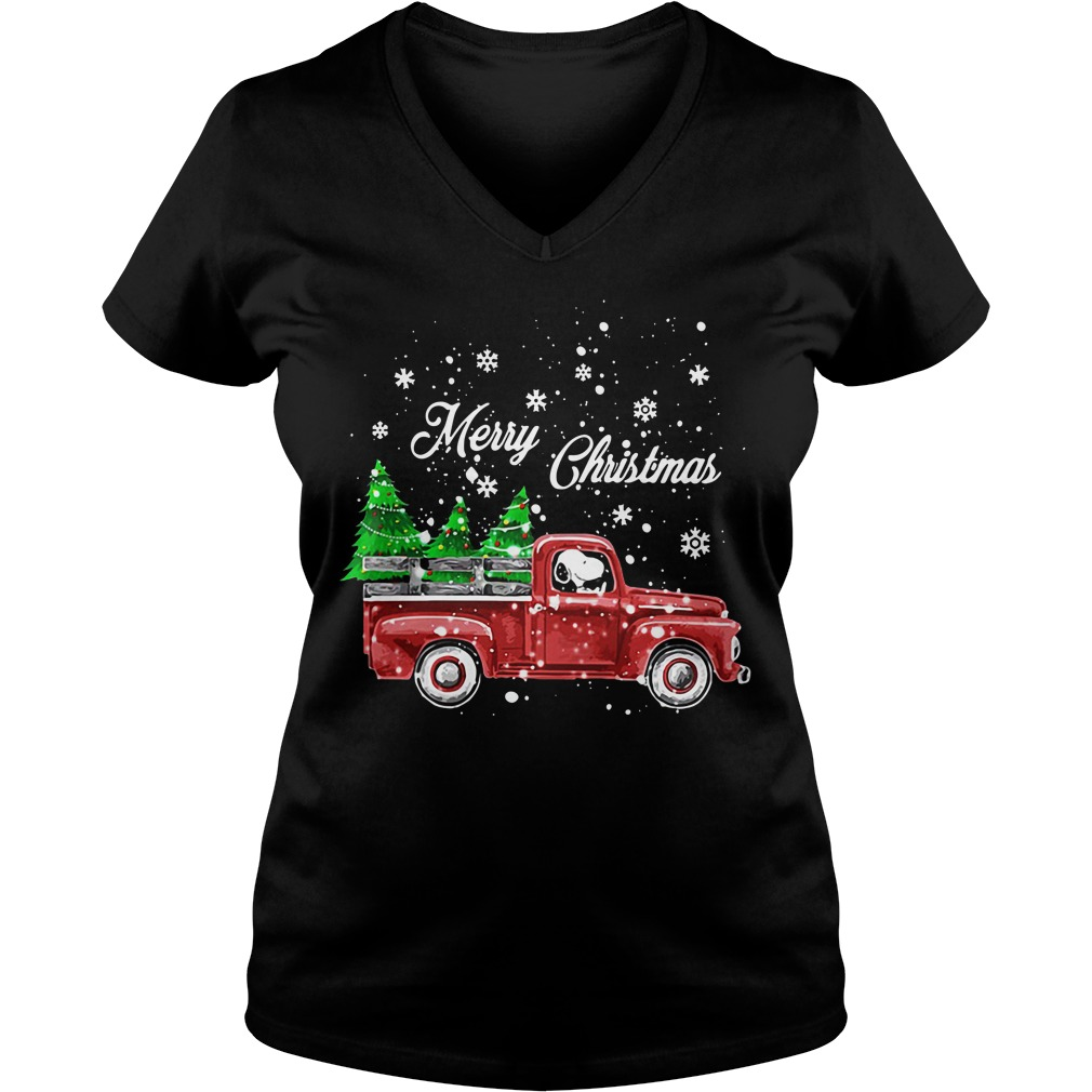Merry Christmas Snoopy driving V-neck T-shirt