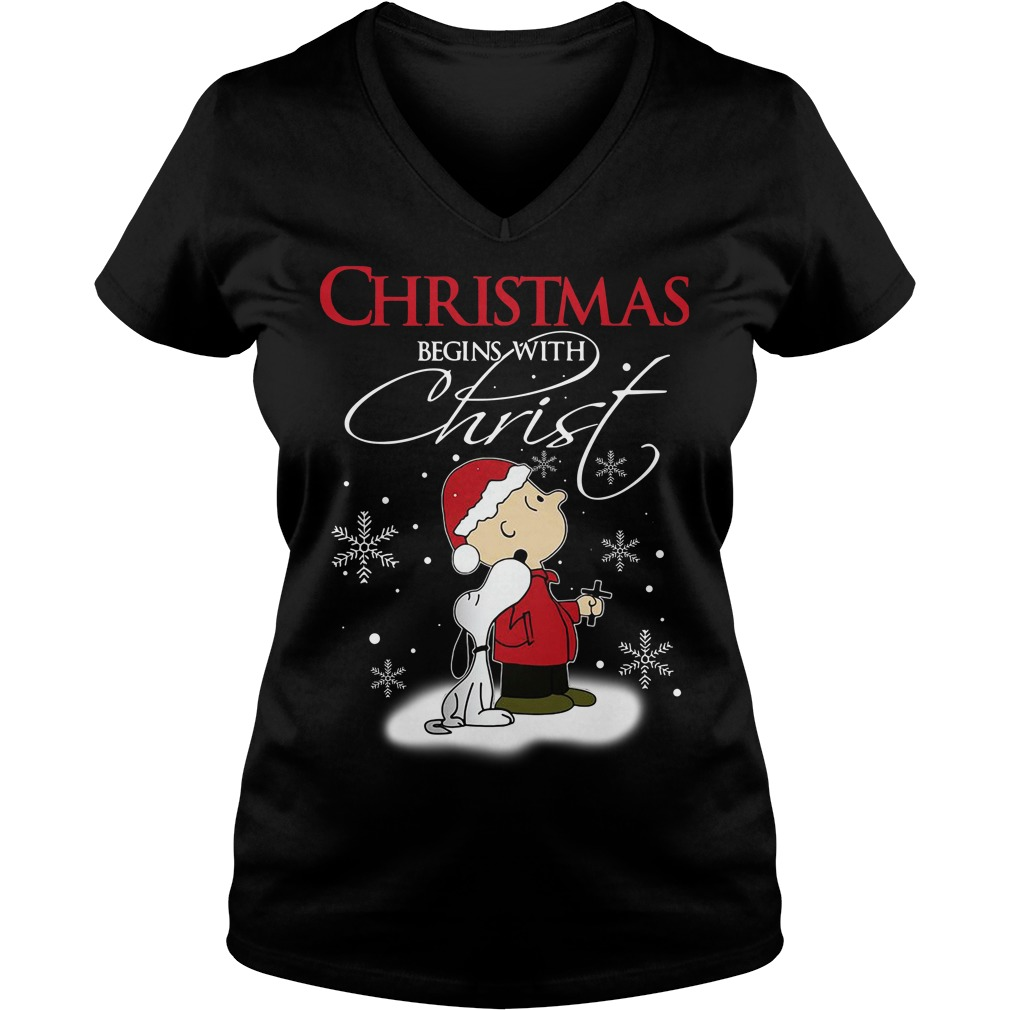 Snoopy and Charlie Christmas begin with Christ V-neck T-shirt