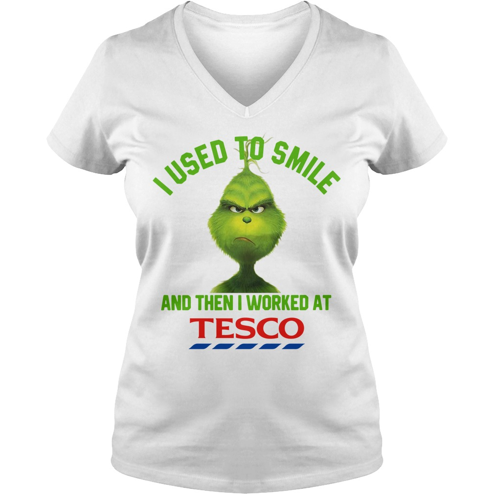Grinch I used to smile and then I worked at Tesco Christmas V-neck T-shirt
