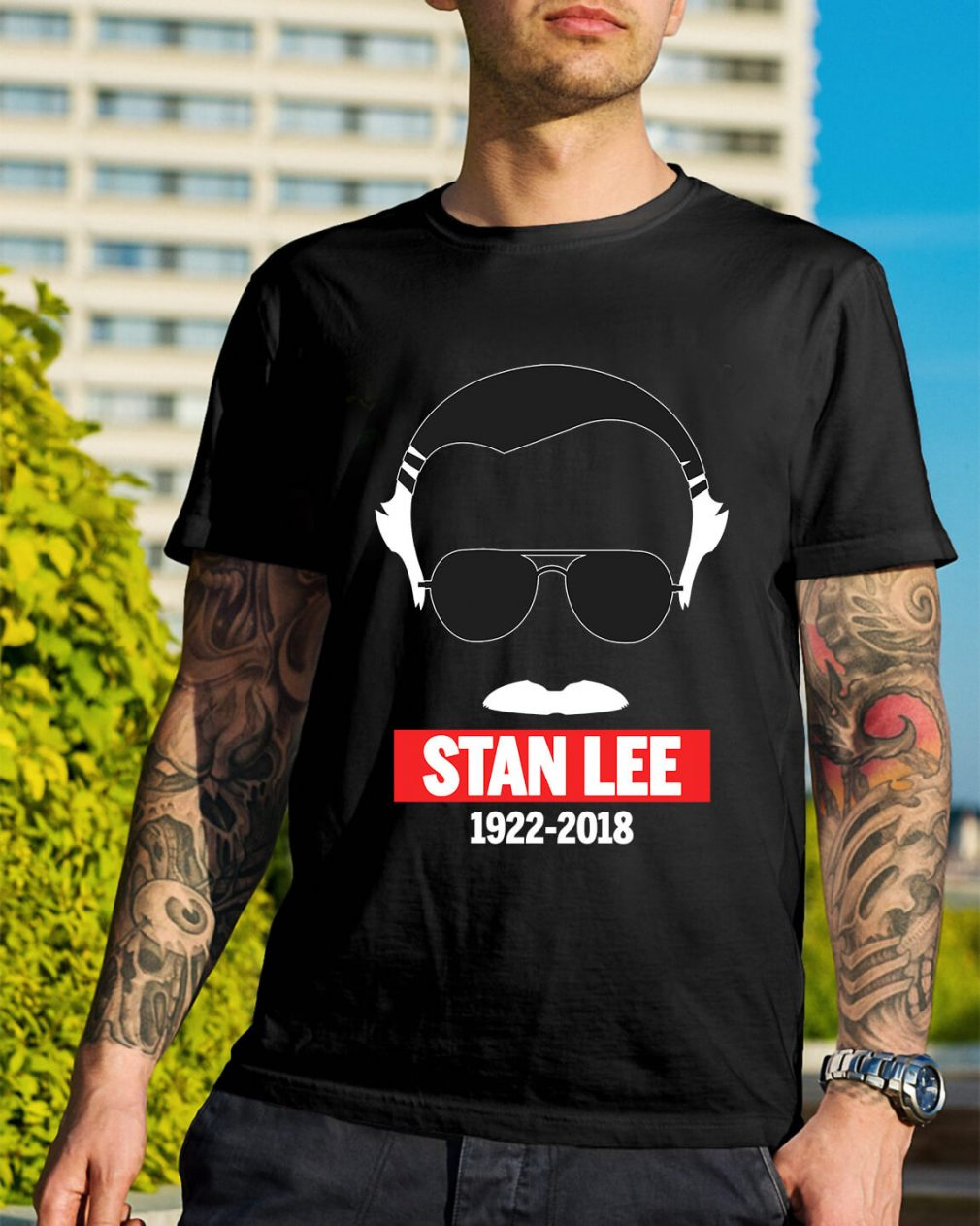 Rip Stan Lee in white 1922-2018 shirt