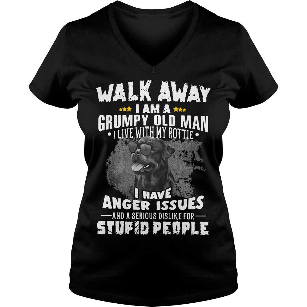 Walk away I am a grumpy old man I live with my Rottie V-neck T-shirt
