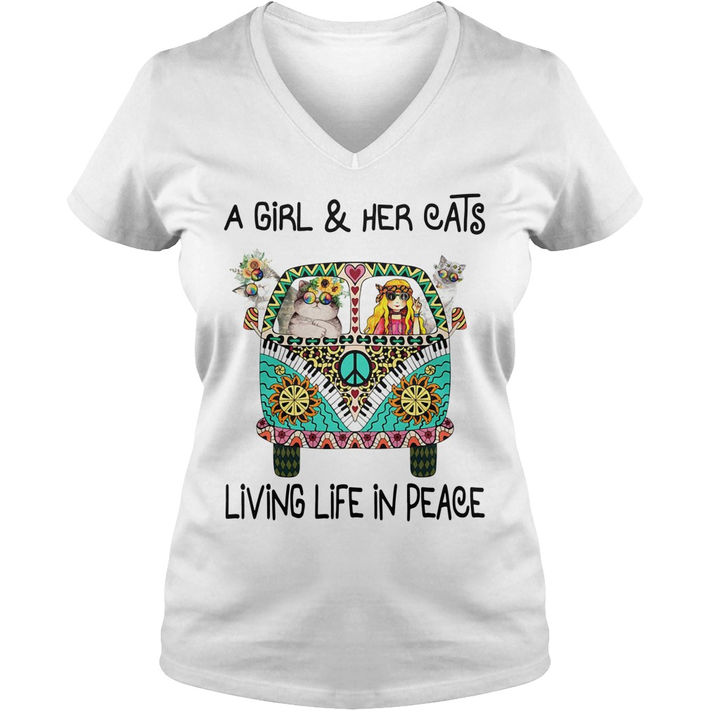 Hippie a girl and her cats living life in peace V-neck T-shirt