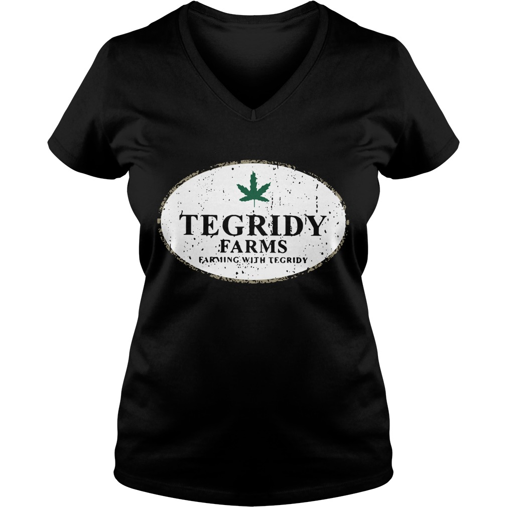 Tegridy farms farming with tegridy V-neck T-shirt