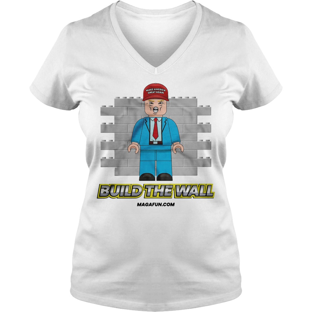 Donald Trump make America great again Build the wall V-neck T-shirt