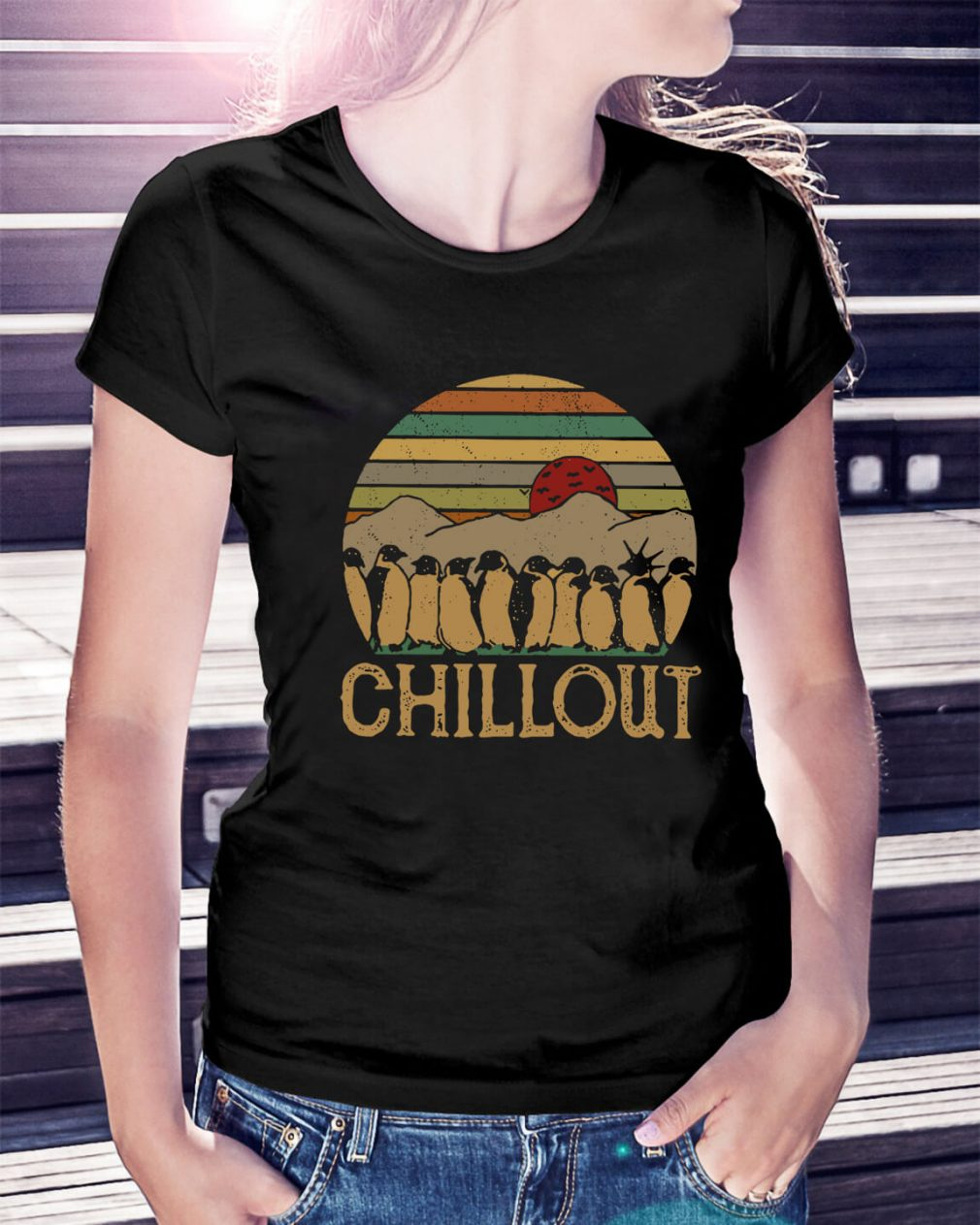 Penguin chillout sunset retro Ladies Tee