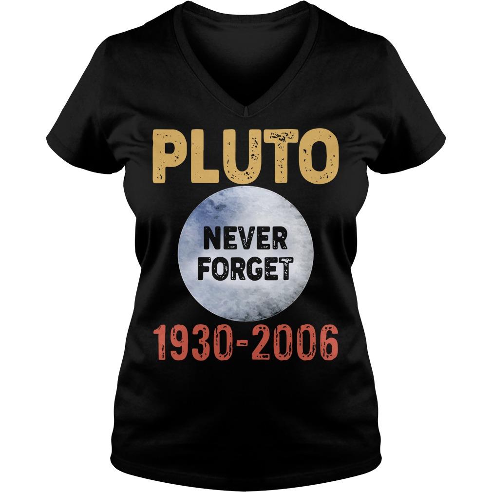 Pluto never forget 1930-2006 V-neck T-shirt