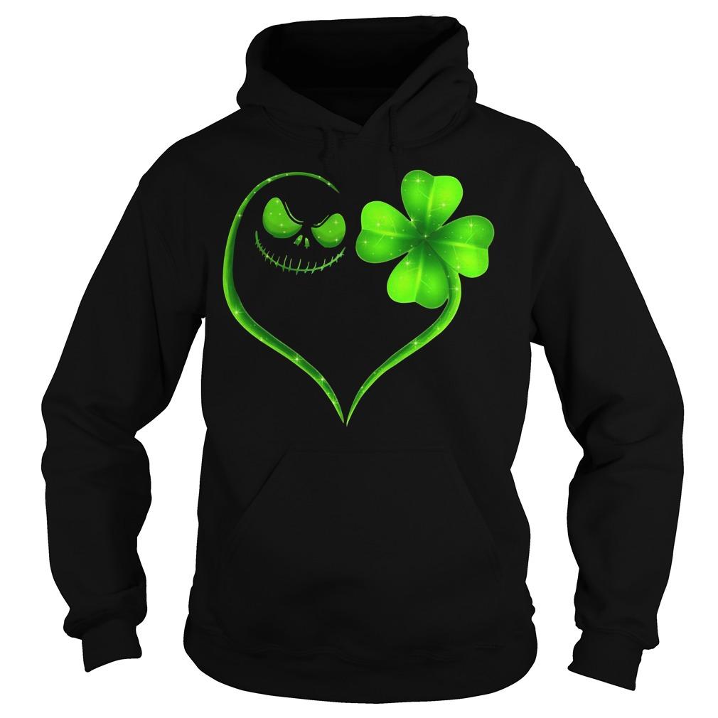 St Patrick's day Skeleton love Shamrock V-neck T-shirt