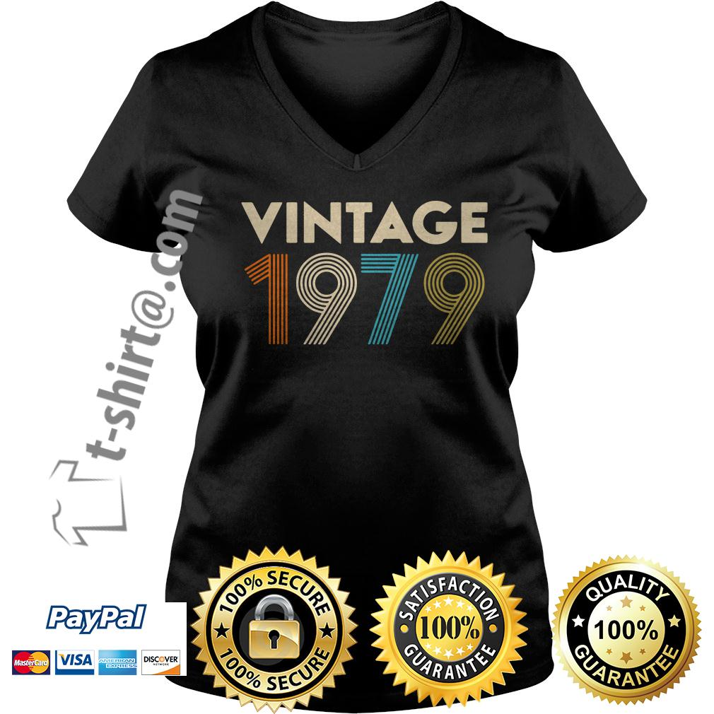 40th birthday vintage 1979 V-neck T-shirt