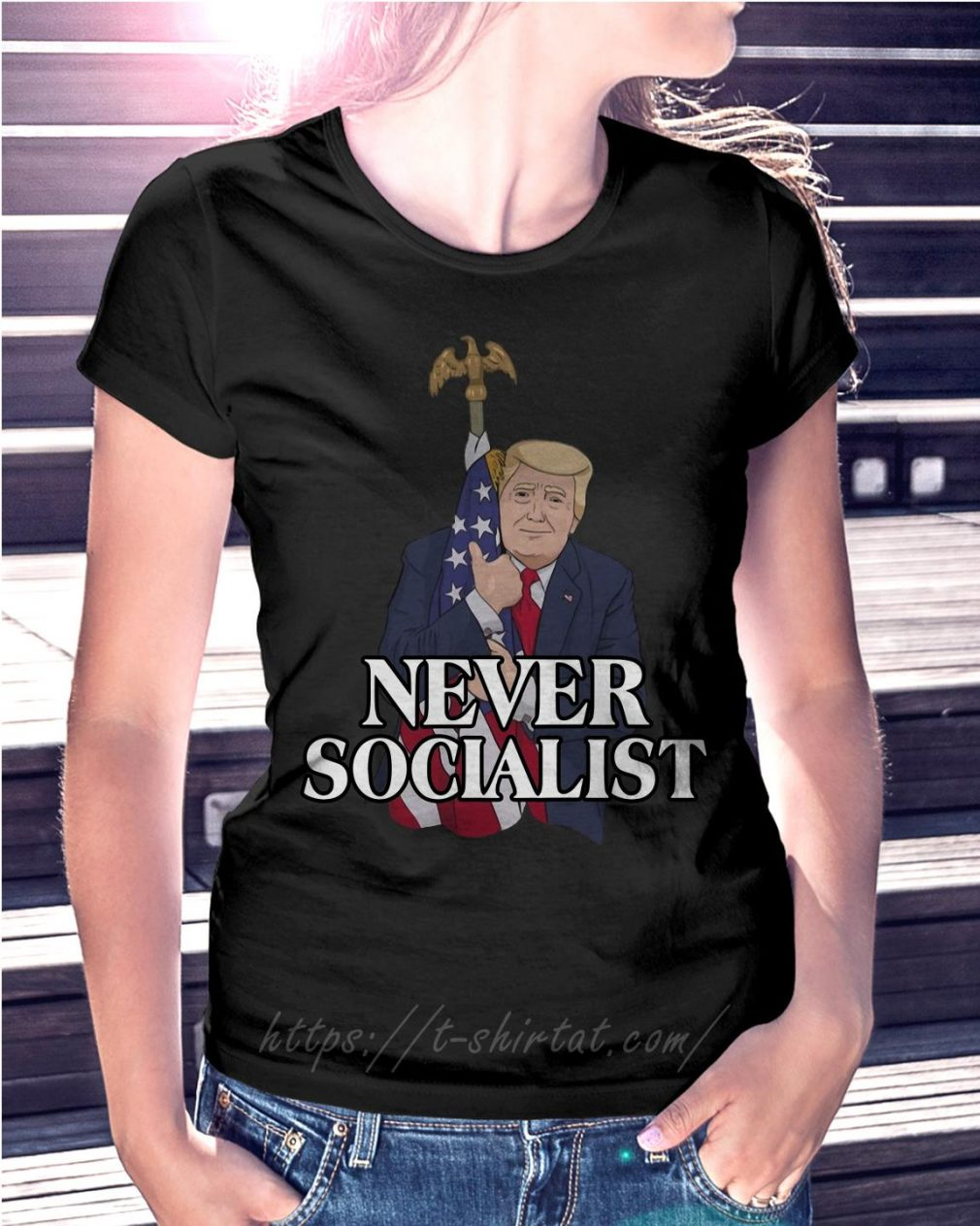 Donald Trump love the American flag never socialist T-shirt