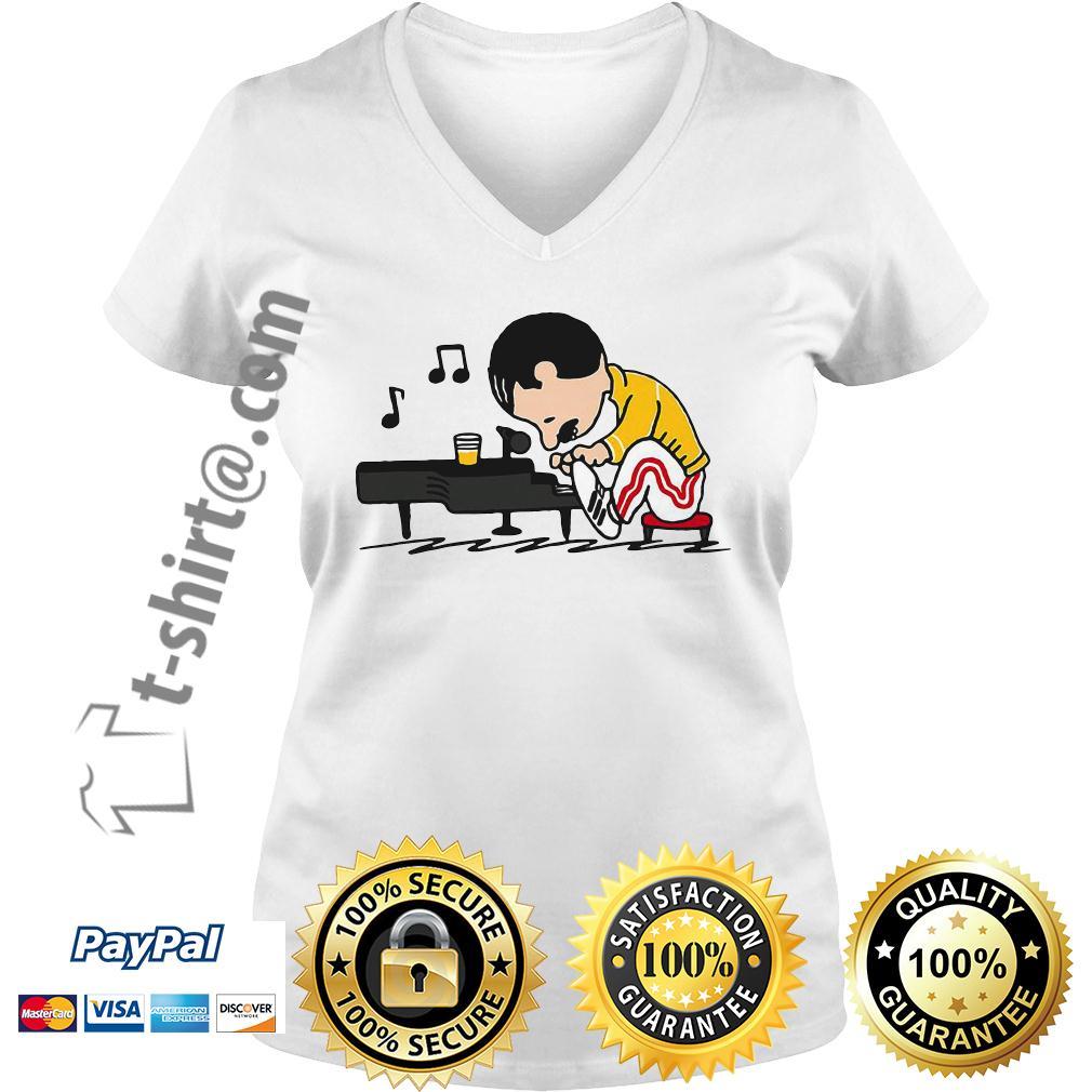 Freddie Mercury playing piano V-neck T-shirt