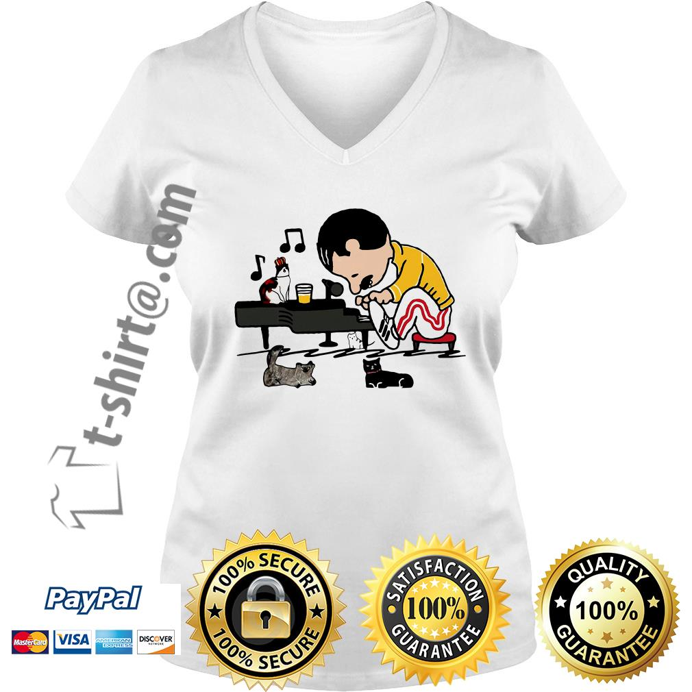 Freddie Mercury playing piano with cat V-neck T-shirt
