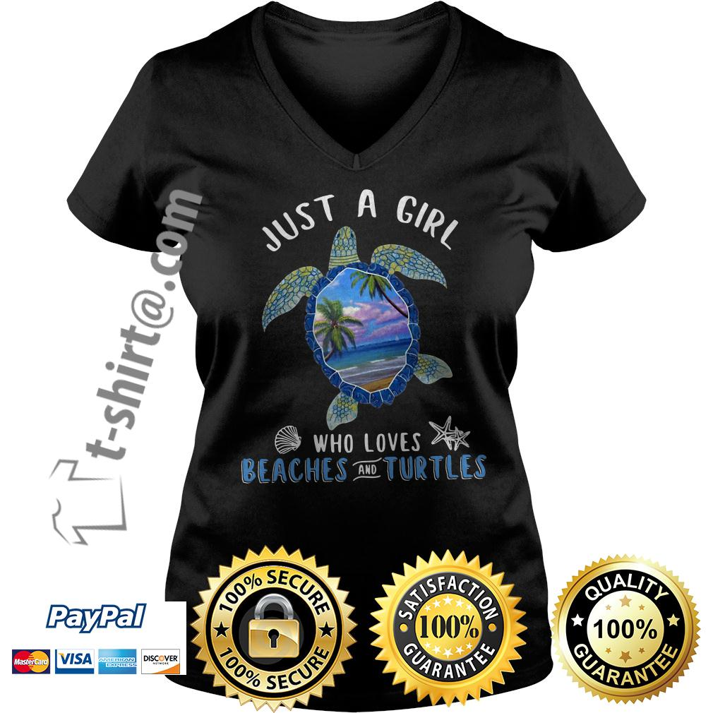 Just a girl who loves beaches and turtles V-neck T-shirt
