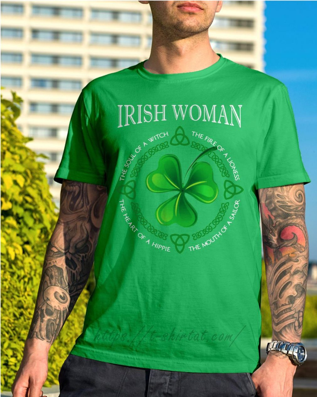 St Patrick's day Irish woman the soul of a witch the fire of a lioness Shirt green