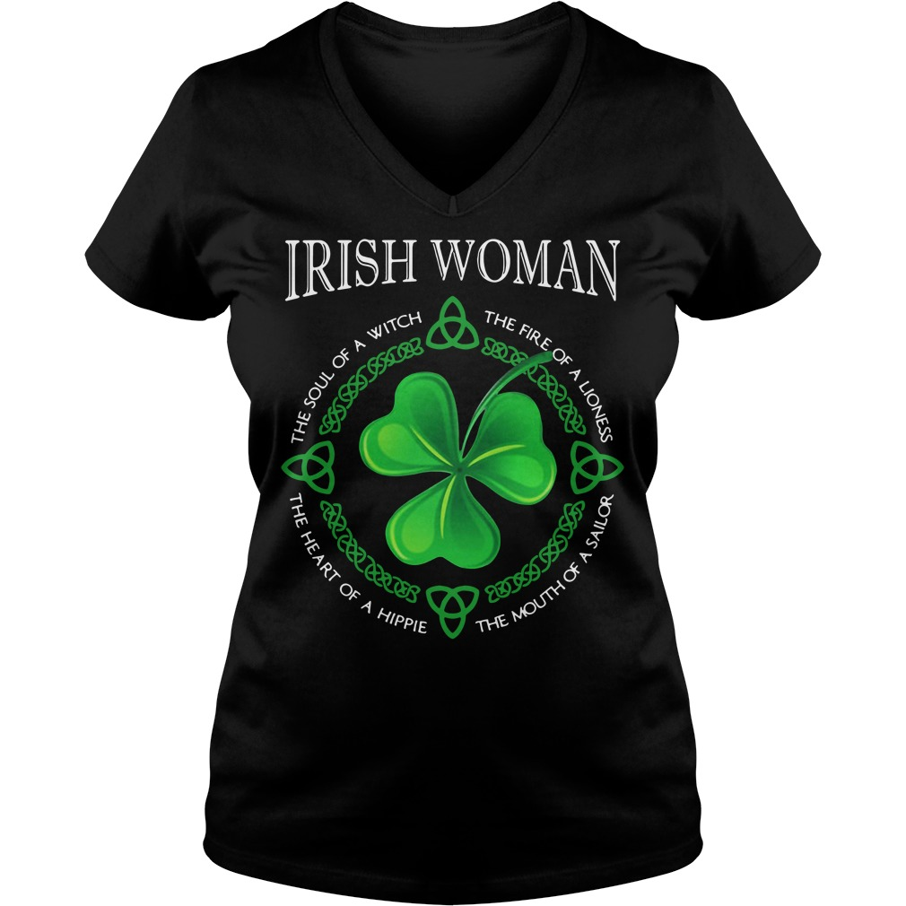 St Patrick's day Irish woman the soul of a witch the fire of a lioness V-neck T-shirt
