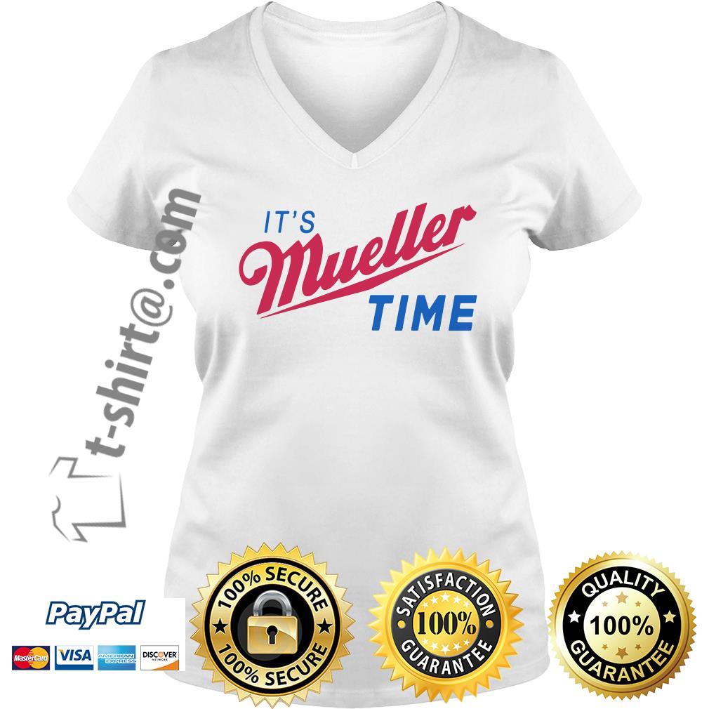 Trump and Mueller it's Robert Mueller time resist Anti Trump V-neck T-shirt