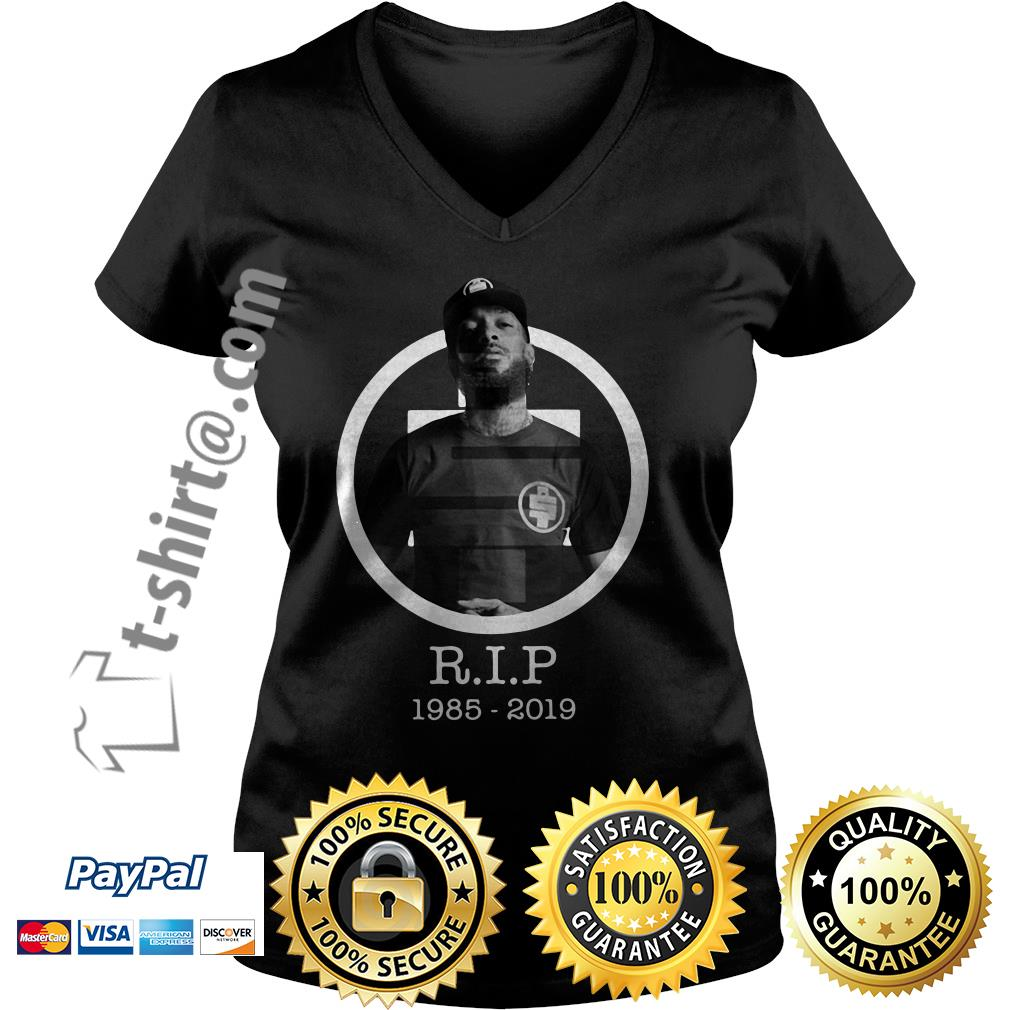 All Money In RIP Nipsey Hussle 1985-2019 V-neck T-shirt