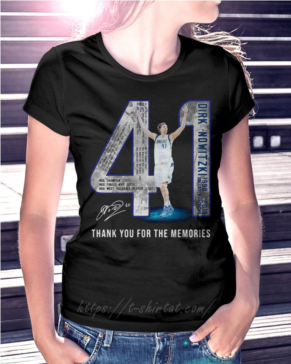 Dirk Nowitzki 1998-2019 Dallas Mavericks thank you for the memories V-neck T-shirt