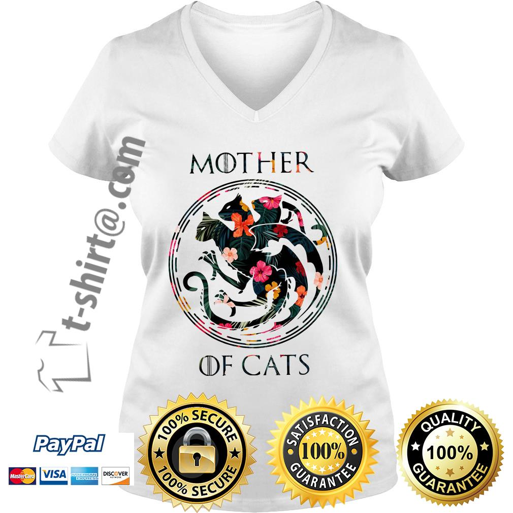 Game of Thrones mother of cats V-neck T-shirt