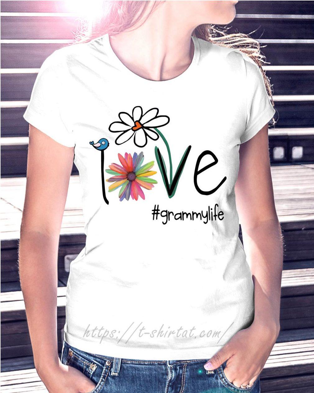 Grammylife bird flower love