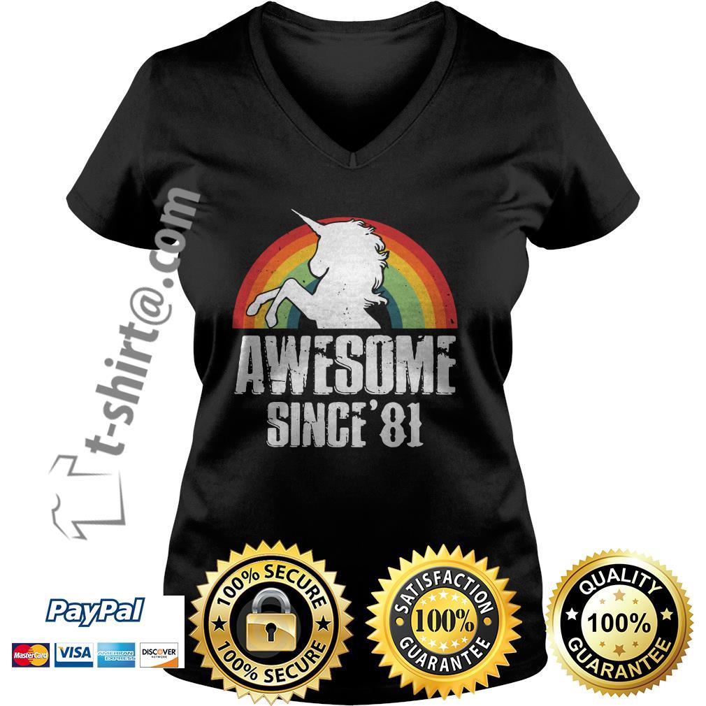 Rainbow Unicorn awesome since'81 V-neck T-shirt