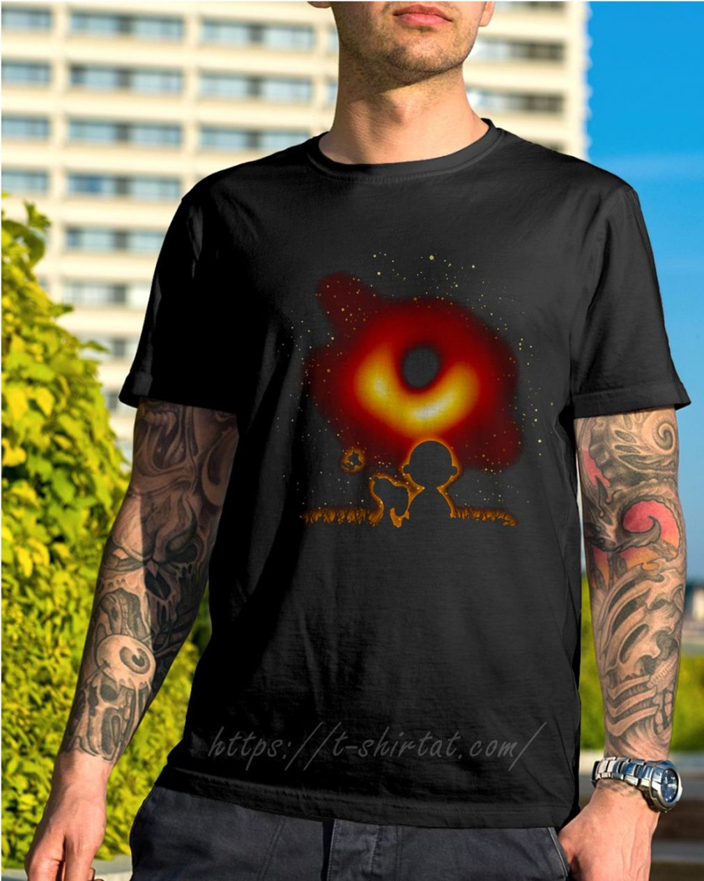 Woodstock Snoopy and Charlie Brown watching black hole 2019 shirt
