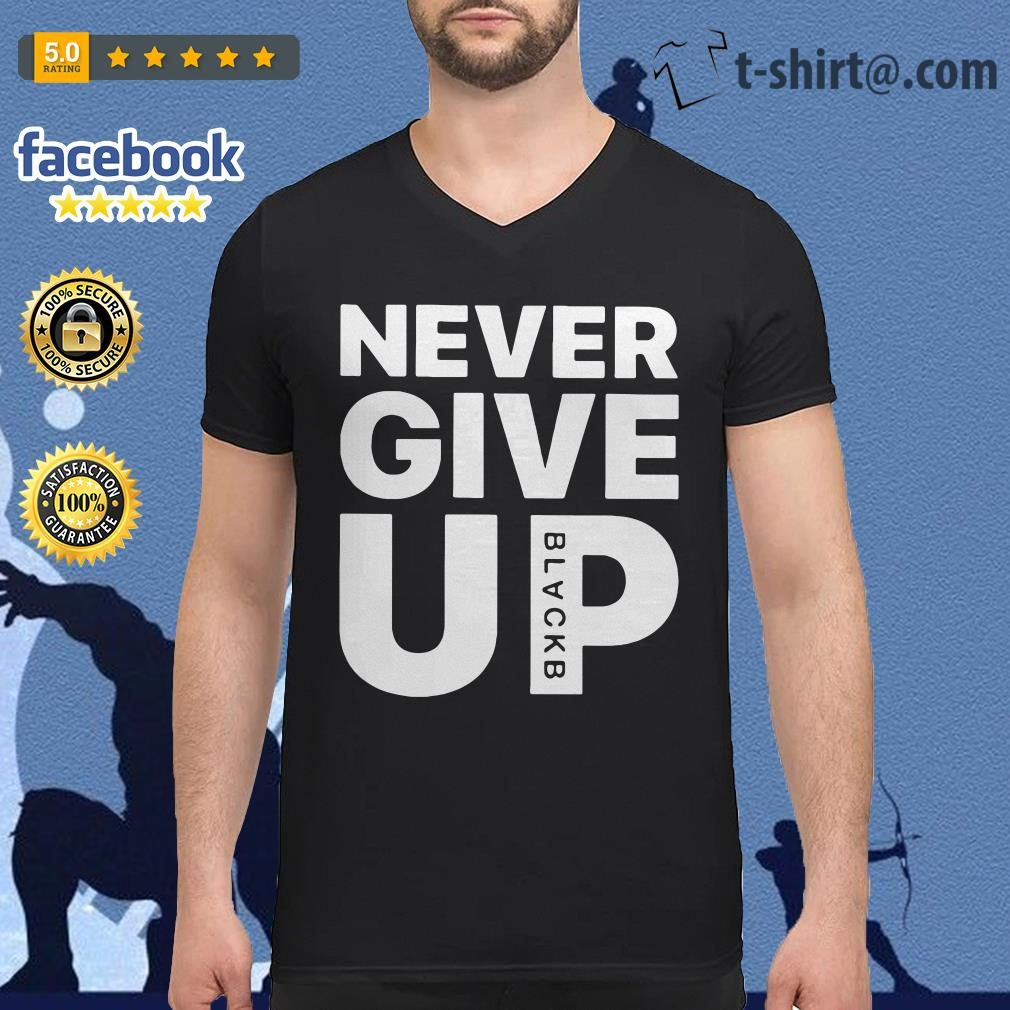 041834f0c93 Liverpool FC Mo Salah never give up black V-neck-t-shirt