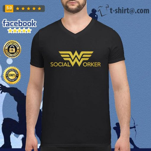 Wonder woman social worker V-neck-t-shirt