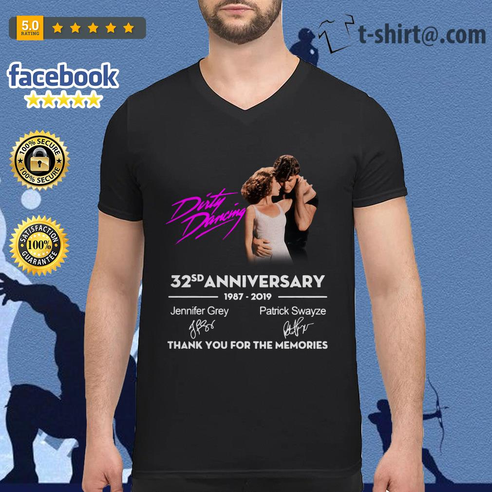 Dirty Dancing 32nd anniversary 1987-2019 signatures V-neck T-shirt
