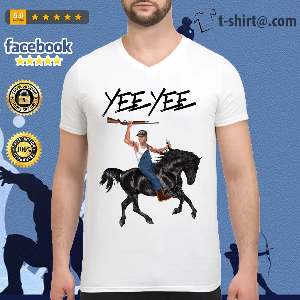 Yee Yee Granger Smith Riding horse with hold gun V-neck T-shirt