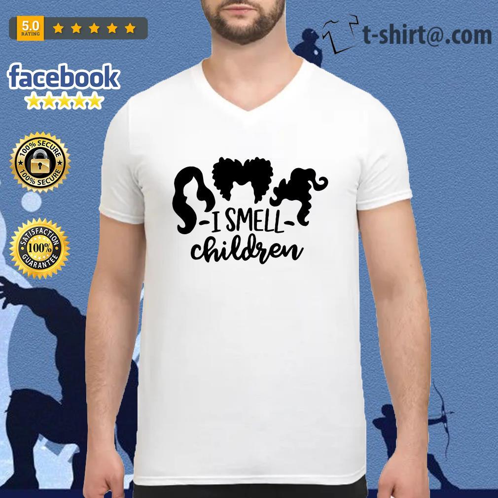 Official Hocus Pocus I smell children V-neck T-shirt