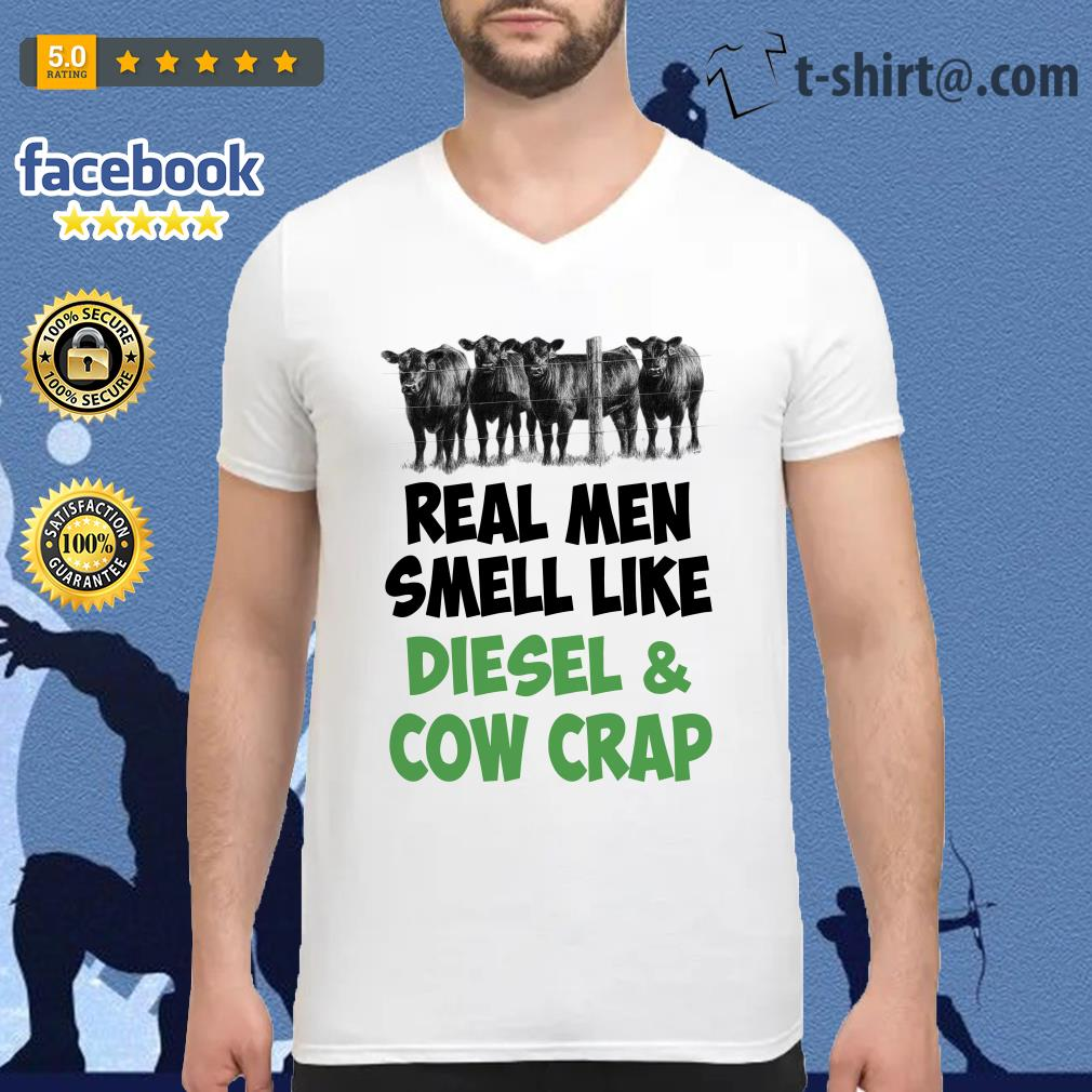 Official Real men smell like diesel and cow crap V-neck T-shirt