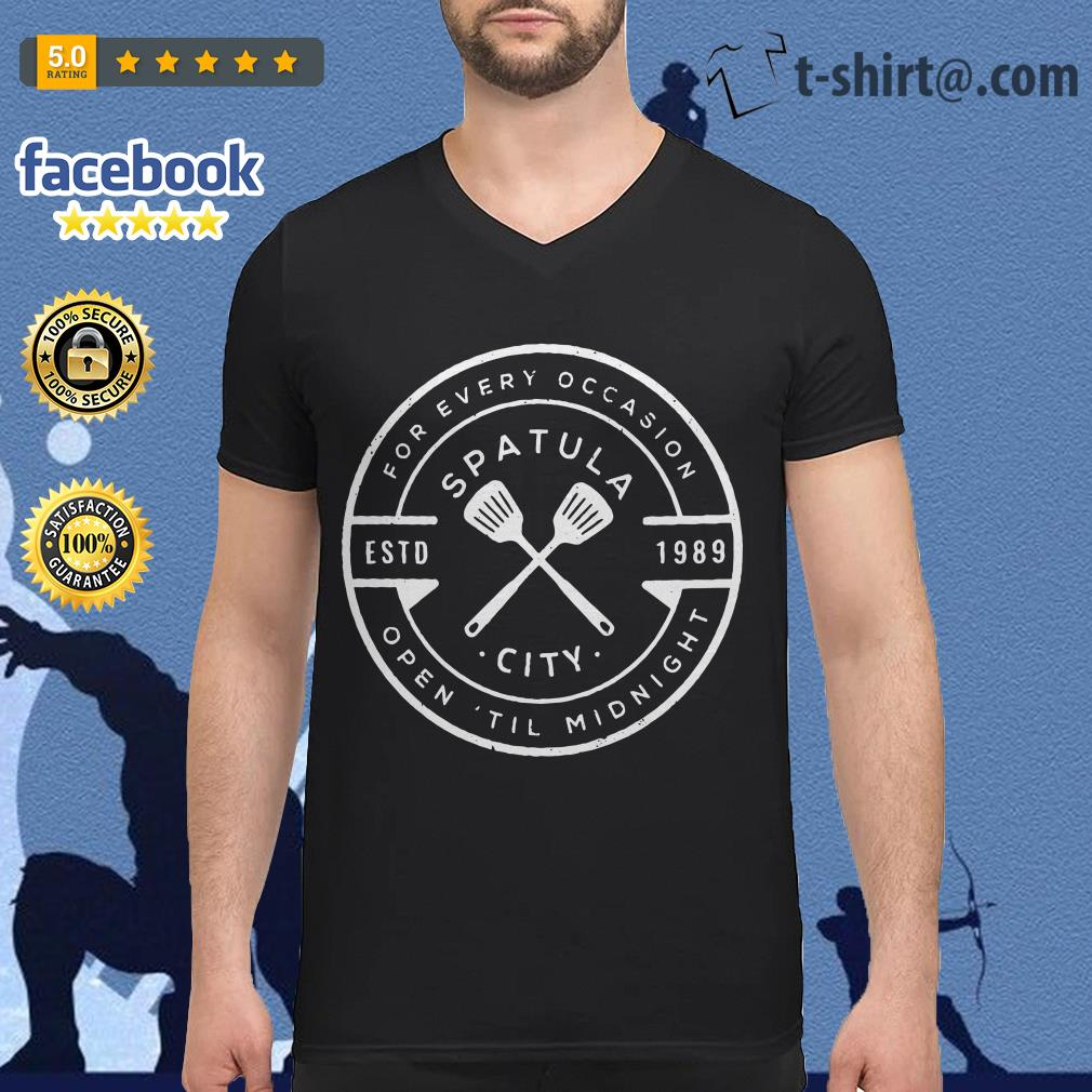 Spatula city 1989 for every occasion open 'til midnight V-neck T-shirt