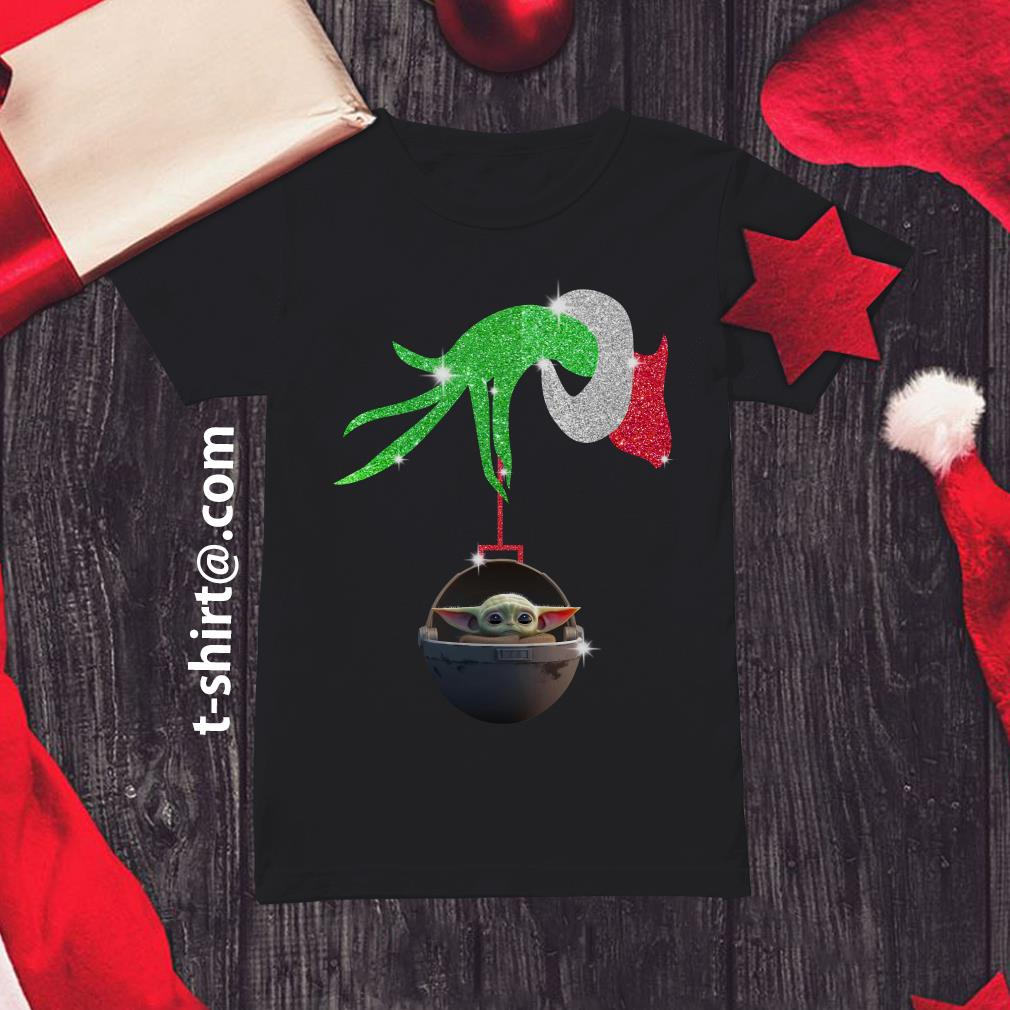 Grinch hand holding Baby Yoda Ladies Tee