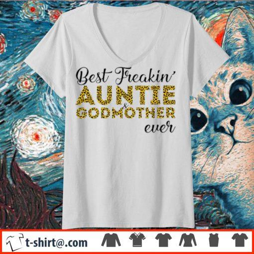 Leopard best freakin' aunt and godmother ever s v-neck-t-shirt