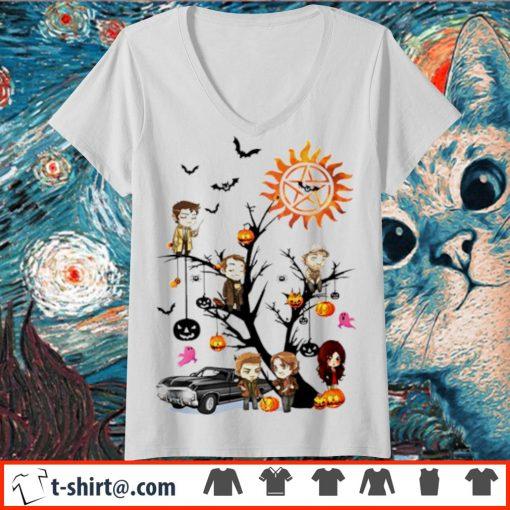 Supernatural tree Halloween pumpkin s v-neck-t-shirt