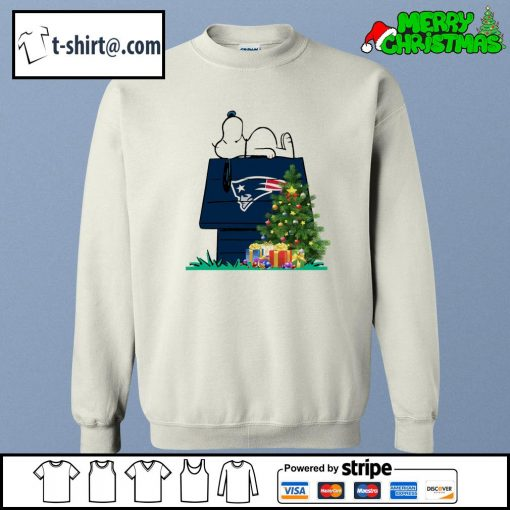 New England Patriots Snoopy NFL Ornament, t-shirt and hoodie sweater